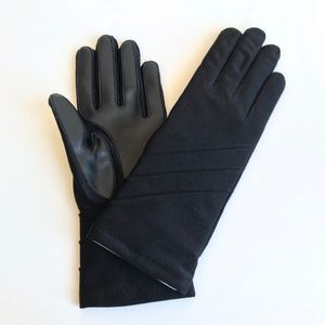 ISOTONER Black Fleece Lined Gloves NEW